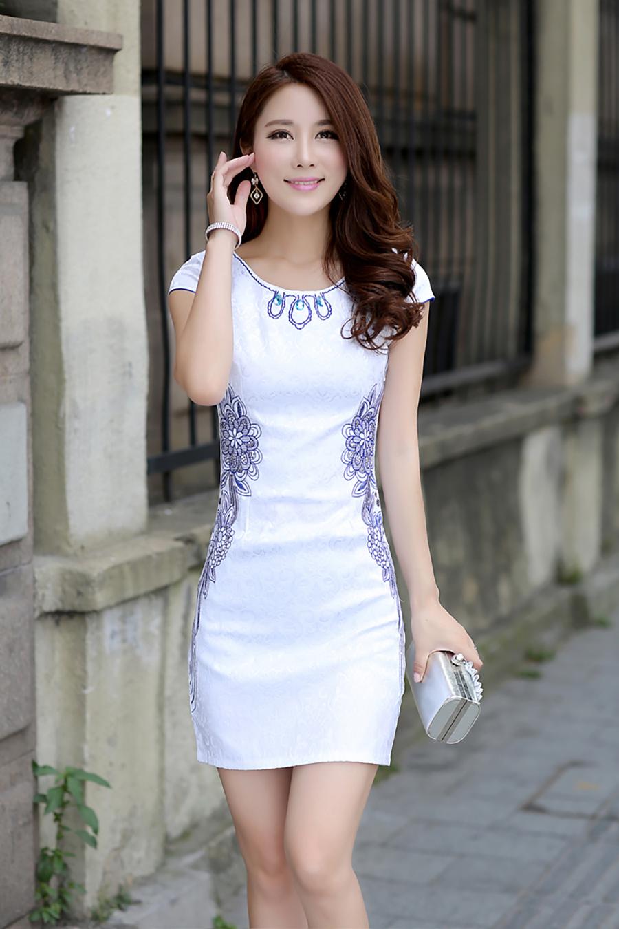 中国モデル…←こんなのJAPANに爆買いしにきてる中国人で見たことねえけどwwwwwwwwww(写真あり)