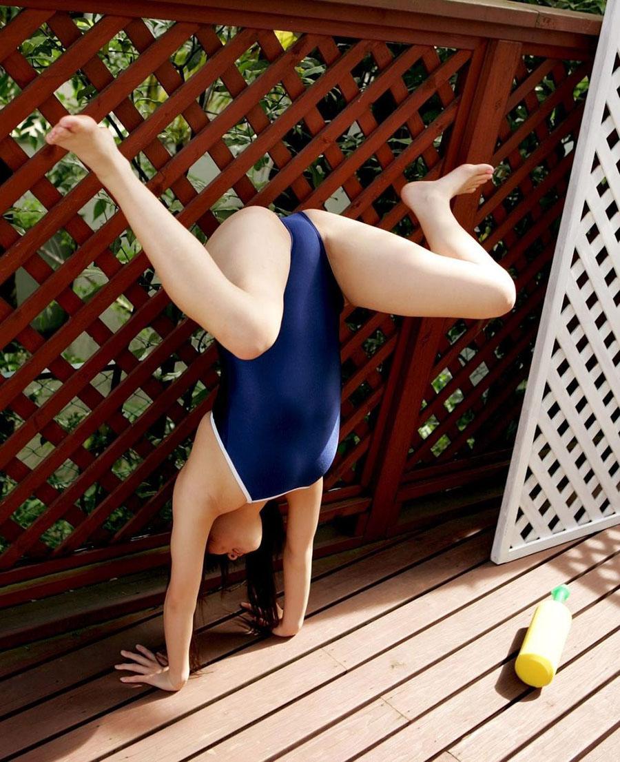 競泳ミズ着ってどうしてこんなエロなアイテムになったんだろうかwwwwwwwwww(写真あり)
