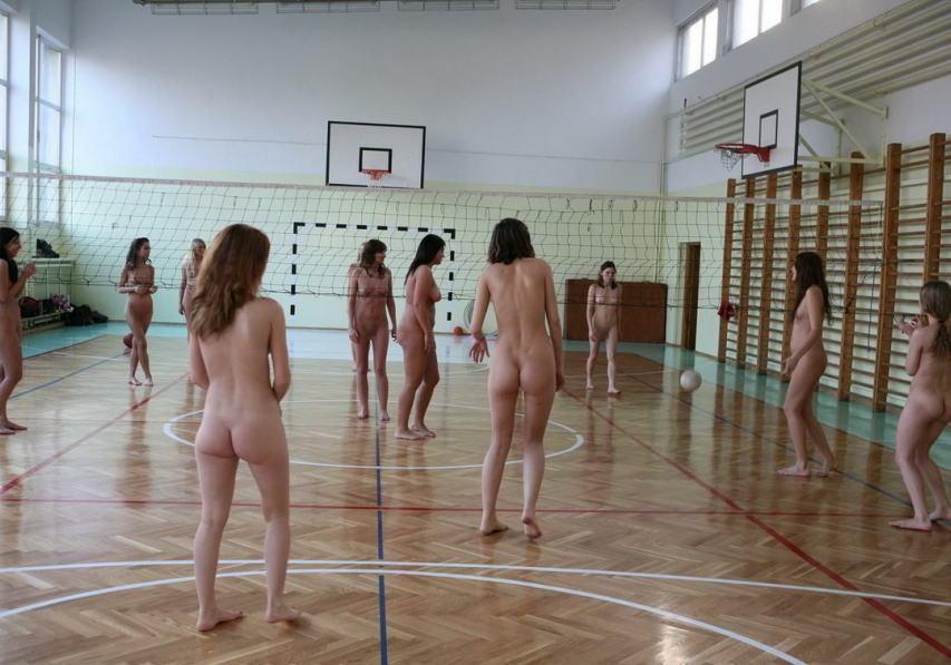 (驚愕)ぬーどで色々なスポーツを楽しむ外国人・・・カルチャーショックだわwwwwwwwwww(写真あり)