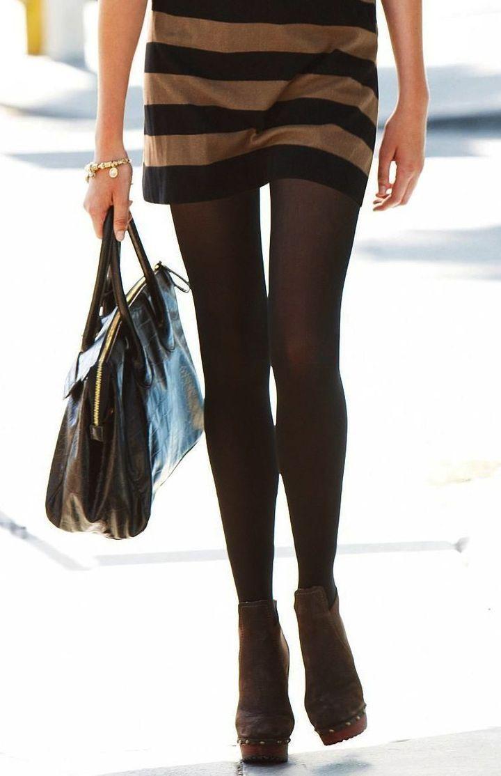 年中無休で黒ストッキング履いてくれるオネエさんに感謝しながら抜くスレwwwwwwwwwwww(写真あり)