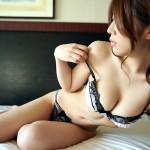下着姿の段階で裸よりもエロいお姉さんってどんだけセクシーフェロモン出てるんだwwwwww(画像あり)