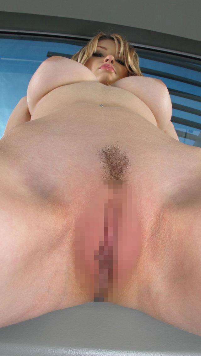 外人の裸ぬーどをローアングルで拝む機会なんてなかなかねえよなwwwwwwwwww(写真あり)
