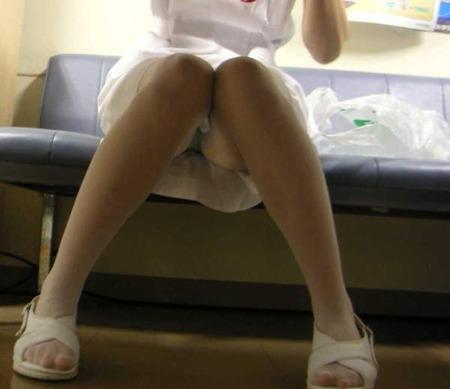 ナァスさんのパンツ丸見え秘密撮影写真☆こりゃ入院してたらsexしたくなりそうだwwwwwwwwww
