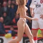 【騒然】スポーツ会場に全裸露出狂が紛れ込む惨事が海外では良くあるらしいwwwww(画像あり)