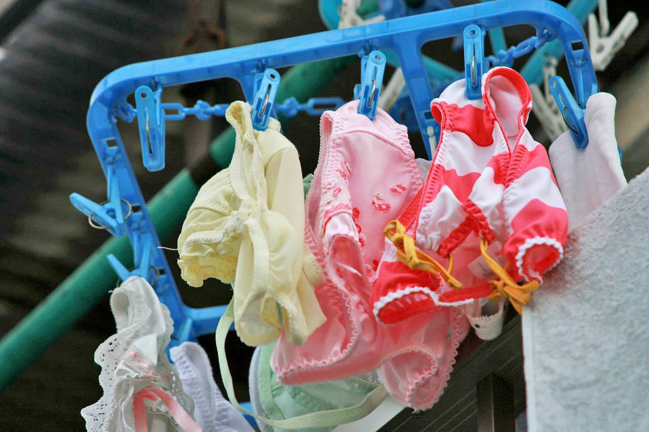 下着泥棒目線のベランダの洗濯物エロ画像30枚