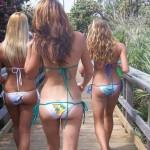 美尻過ぎ!外国人女性の水着姿のエロ画像30枚